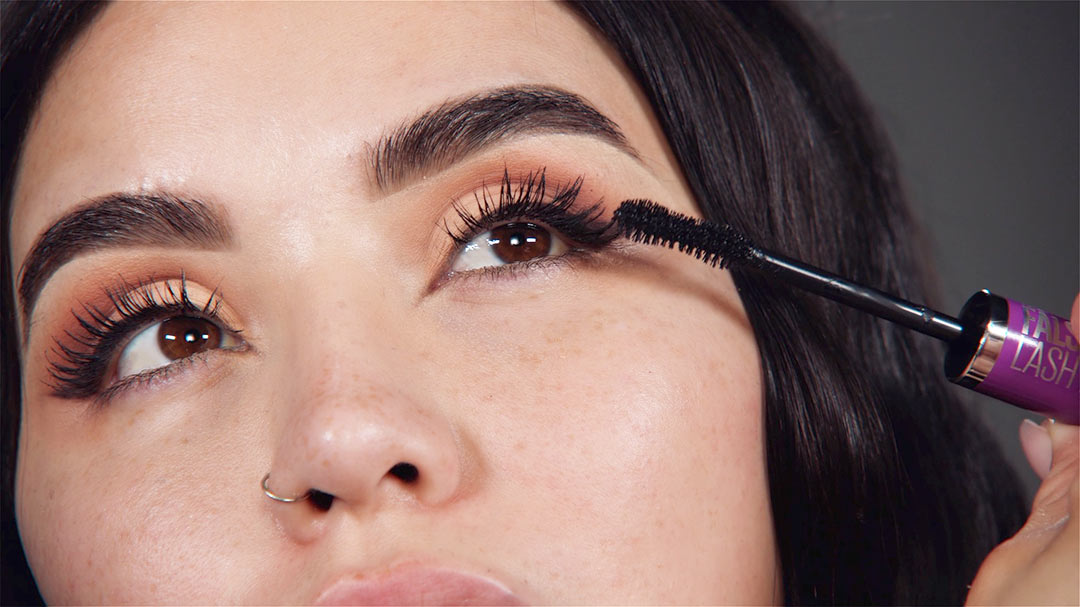 Eye Cosmetics Trends and Deceives