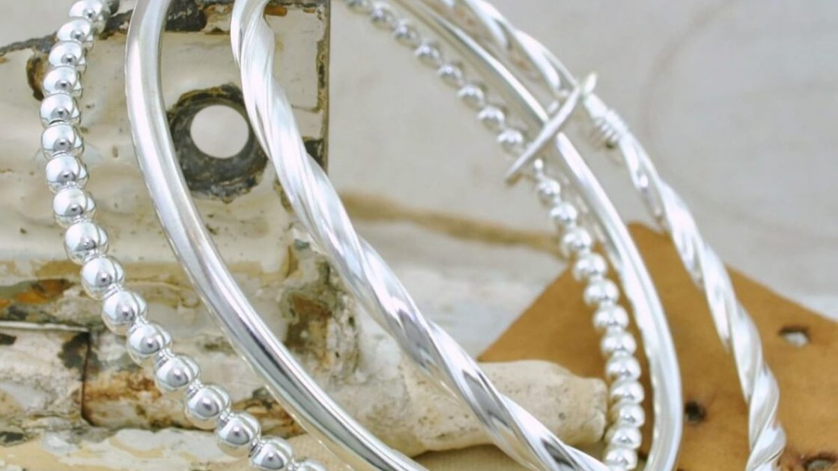 Choosing The Perfect Silver Jewellery For Your Partner